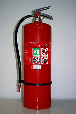 water-fire-extinguisher-370x555